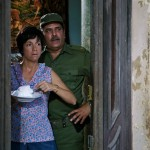 Laura de al Uz (Ofelia) y Luis Alberto García (Teniente Chang)