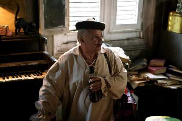 Enrique Molina (Larry Po)
